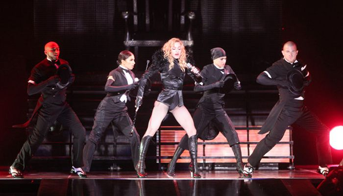 Madonna Sticky & Sweet Tour 5
